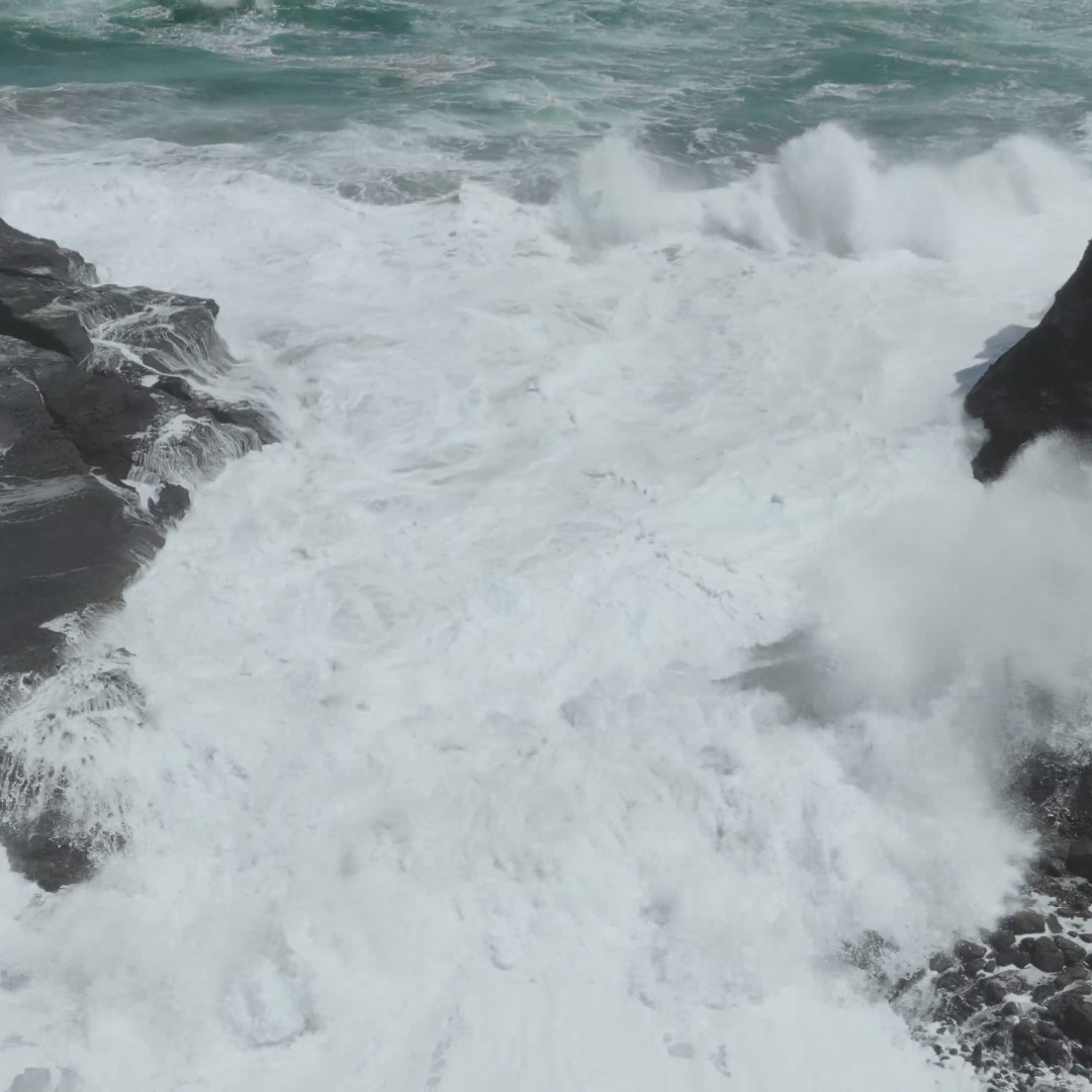 [FREE VIDEO] Sea waves